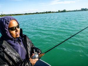 Judith beim fleißigen fischen.